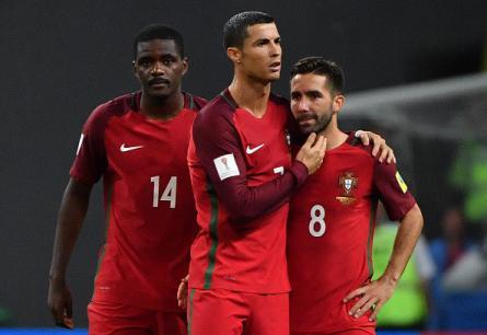 Bồ Đào Nha chia tay Confed Cup sau loạt luân lưu đáng quên
