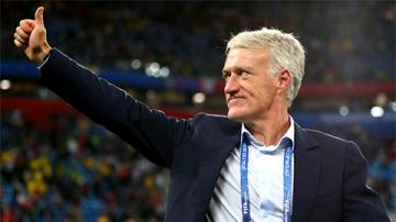 Deschamps khiêm tốn, Griezmann ví Pháp lì lợm như Atletico