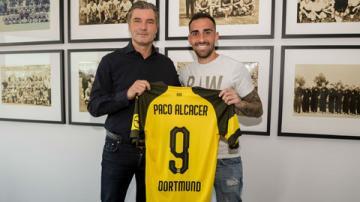 Dortmund chiêu mộ thành công Alcacer