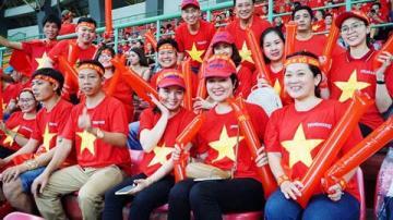 300 CĐV Việt Nam sang Indonesia tiếp lửa cho đội nhà