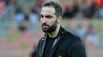 Milan xếp Higuain dự bị, ngầm bật đèn xanh cho Chelsea