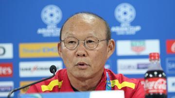 Thầy Park tiếc nuối vì Việt Nam không thể gây bất ngờ trước Nhật Bản