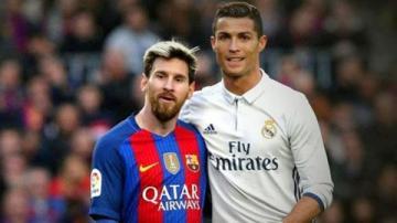 Lập siêu phẩm đá phạt, Messi cân bằng kỷ lục của Ronaldo