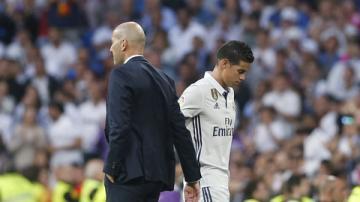 Được cấp hộ chiếu, James Rodriguez vẫn khó về Real Madrid