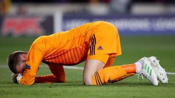 Tưởng có bí kíp ngăn chặn Messi, De Gea rút cuộc thành 'trò cười'