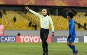 Trọng tài bắt chính trận Việt Nam-Oman từng khiến Duy Mạnh 'ôm đầu' trên đất Tây Á
